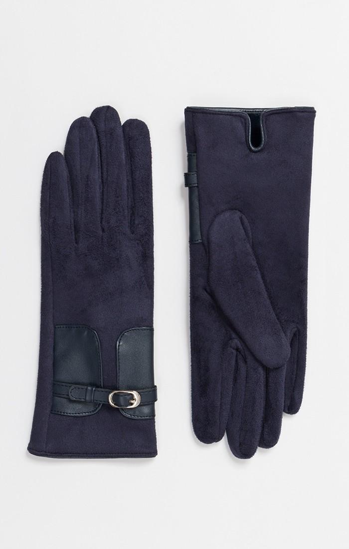 Kimberly Glove