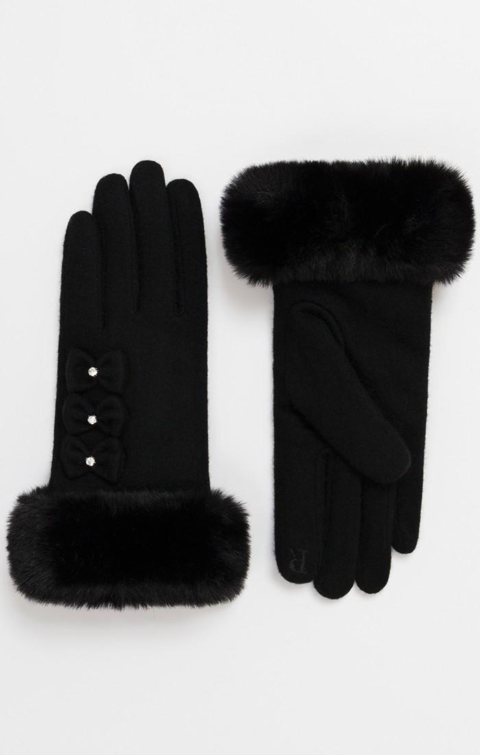 Leah Glove