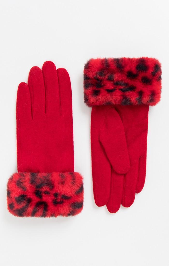Livia Glove